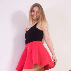 Ellentraud horny dream lady for French kisses in the apartment via escort agency Berlin arrange a 24 hour sex meeting