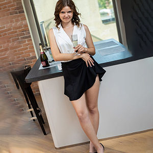 Sahra exclusive She is looking for him to change positions with an affair via sex mediation at Escort Berlin to book anonymously sex