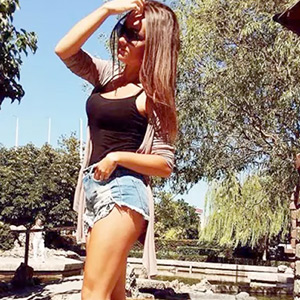 Adelina - Young Brandenburg 75 C Woman Is Looking For Sex Bewitched With Striptease