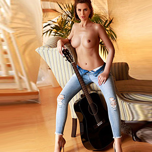 Alina - Desired Escort Whores Love Hotel Visits In The City Of Berlin