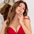 Amaretta - Hostessen aus Frankfurt beim Flirten steht auf feuchte Zungenküsse