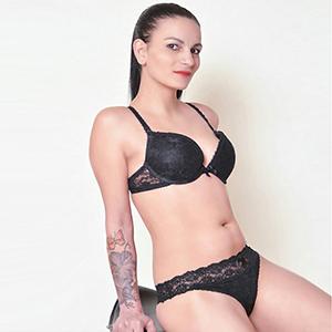 Andrea - Sie sucht Ihn in Berlin für intim poppen mit Körperbesamung