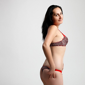 Angelina - Housewife In Underwear Is Looking For Dirty Popping In Berlin