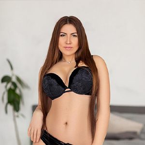 Angie - Big Breasted young Women from Belgium seduced by Housemodels with a Special Oil Massage