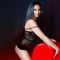 Beatriz - VIP High Class Modell bietet besten Escortservice