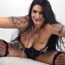 Bella - AV Sex auf Berlins Erotikpartys mit mollige Escort Girls