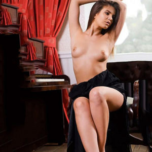 Belle - Luxury Woman Frankfurt From Latvia Erotic Portal Doktor Games