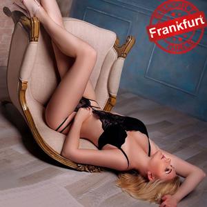 Briana Sexdate in Frankfurt am Main mit blonden Elite Escort Huren