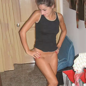 Cathrin - Top Models 22 Years Old Personal Ad Likes Beguiling Kisses With Tongue