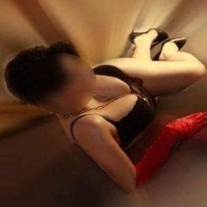 Denise - Escort Prostituierte in geilen Dessous bumsen