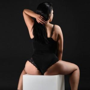 Emi diskrete Sexkontakte in Berlin mit Privaten Hobbyhuren