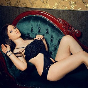 Ewa Escort Teen Offers Home Hotel Visits For SWO Sex