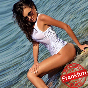 Gloria - Elegant Escort Hookers In Frankfurt Also Visit Sex Couples