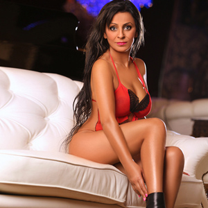 Gül – Orientalisches Top Escort Model erobert Herzen