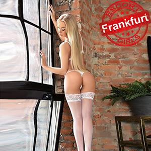 Izadora - Sinnliches Escort Strapsenmodel in Frankfurt bietet Anal Sex