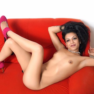 Jacqueline - Elegant Hostesses With Small Tits Looking Sex