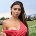 Janna - Heißblütige Privatmodelle aus Litauen bei Frau sucht ihn umgarnt mit Zungenküsse