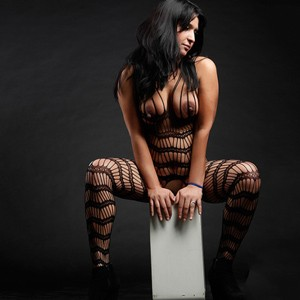 Justina - Berliner Freizeithuren in Strapsen Sex mit Paaren