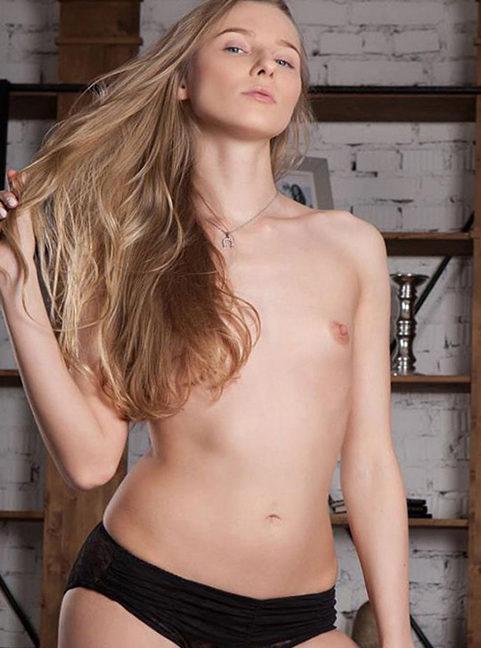 Krisi - Top Modelle Berlin 70 A Sie Sucht Mann Striptease