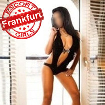 Laura Analsex mit zierlichem Frankfurt am Main Escort Girl