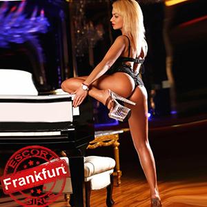 Lorelle - Top Escortmodel in Frankfurt am Main besucht in High Heels