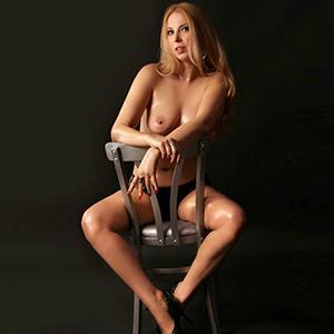 Lorena - Bietet günstig Sex Service in Dortmund NRW bei Pension Bestellung