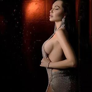 Malmoe - Lady aus Frankfurt bei Modelagentur törnt mit heiße Fusserotik an