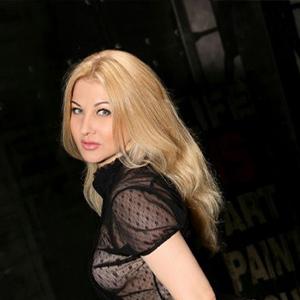 Monika - VIP Dame Potsdam Aus Estland Bringt Dich Zum Höhepunkt Mit Vibratorspiele