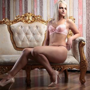 Natali – Online Sex Dating in Berlin mit Anal Dame - Escort Girls Berlin