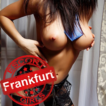 Olivia - Titten Sex mit Escort Girl in Frankfurt am Main Hotel Haus