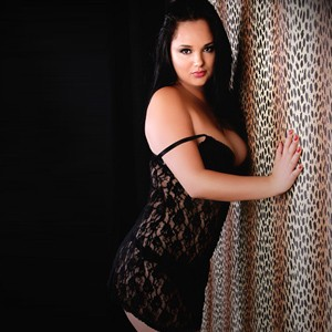 Ornela - Lightly Dressed Girls Looking For Sex With A man