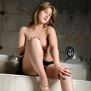 Paula - Cum Horny Blonde Escort Hookers With Sexy Butt