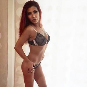 Sandra – Beauty Seduces Men With Special Service