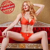 Sandra - Zauberhafte Stunden mit Elite Callgirl Glamour in Frankfurt