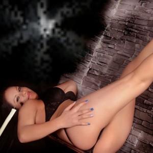Simona - Billige Sex Angebote von Escort Huren in Berlin