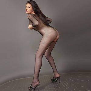 Tania - Spanische Escort Hure im sexy Ganzkörper Outfit Haus Hotel bestellen
