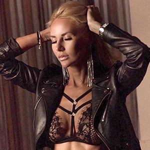 Vera Blond - Whores Berlin 24 Years Red Light Advertisement Lesbian Games