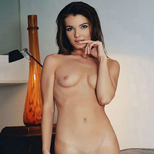 Yaniza 2 - Whores Berlin From Italy Woman Looking For Him Facial Insemination